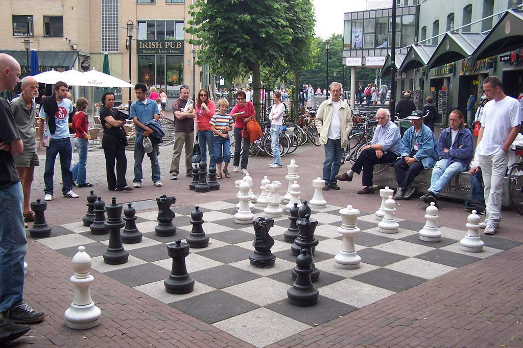 Уличные шахматы своими руками для дачи 59